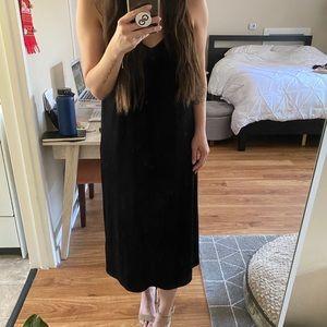 [NEW] Halogen Black Velvet Midi Dress